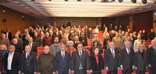 Yücel Hacaloğlu Anısına Türk Dünyasının Kanayan Yaraları Paneli Yapıldı